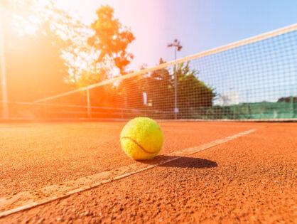 Start in die Tennissaison 2021: Schnupperangebote für Kinder, Jugendliche und Erwachsene